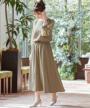 スカート部分:ハイウエストミモレ丈デザイン